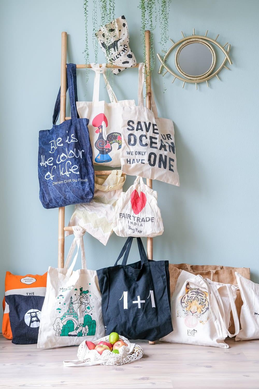 zijn stoffen tassen milieuvriendelijker dan plastic