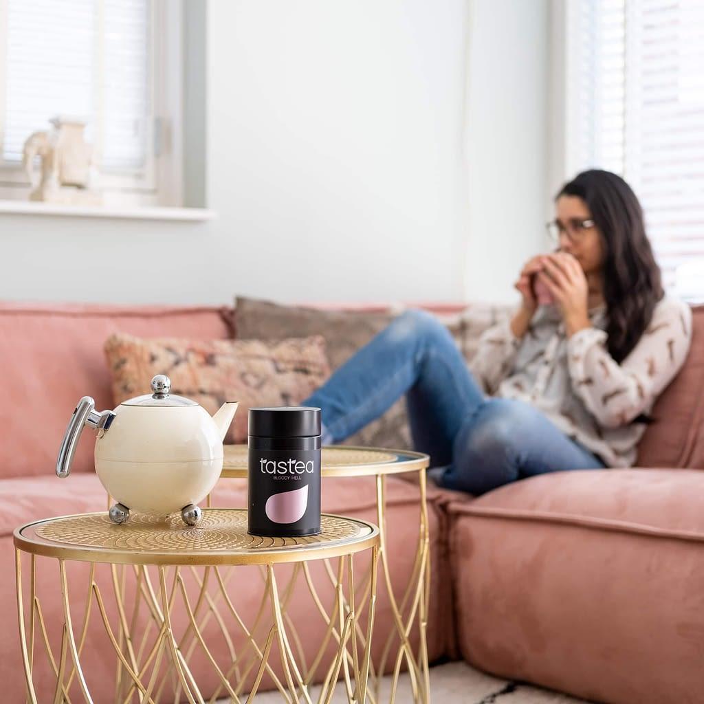 thee tegen menstruatiepijn tips